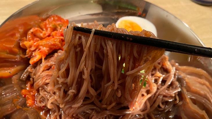 【金家】ビビン麺 麺