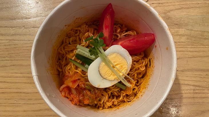 【Paldo】パルドビビン麺(カップ麺) 完成品