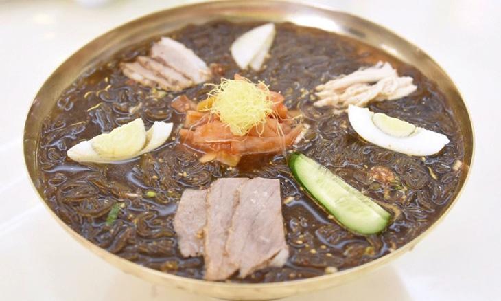 玉流館の冷麺