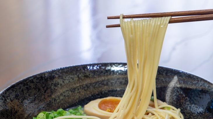 博多ラーメン ストレートタイプの細麺