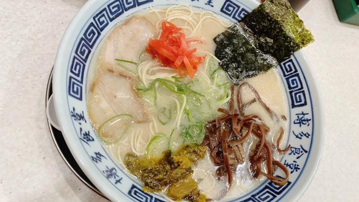 豚骨の聖地・福岡の博多ラーメンとは【特徴、おすすめ人気店・通販】